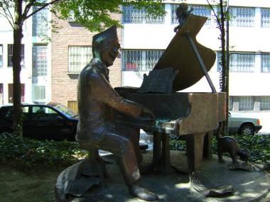 Denkmal für Jupp Schmitz in der Kölner Altstadt