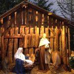Krippe mit Stall mit Geburt in Kölner Minoriten-Kirche