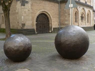 Rollende Kunstwerke vor St. Andreas