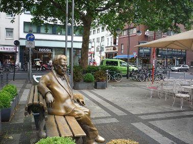 Skulptur Willi Millowitsch